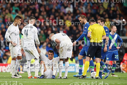 12.04.2016, Estadio Santiago Bernabeu, Madrid, ESP, UEFA CL, Real Madrid vs VfL Wolfsburg, Viertelfinale, Rueckspiel, im Bild Casemiro ( Real Madrid ) Sergi Ramos ( Real Madrid ) Cristiano Ronaldo ( Real Madrid ) Pepe ( Real Madrid ) // during the UEFA Champions League Quaterfinal, 2nd Leg match between Real Madrid and VfL Wolfsburg at the Estadio Santiago Bernabeu in Madrid, Spain on 2016/04/12. EXPA Pictures &copy; 2016, PhotoCredit: EXPA/ Eibner-Pressefoto/ Langer<br /> <br /> *****ATTENTION - OUT of GER*****