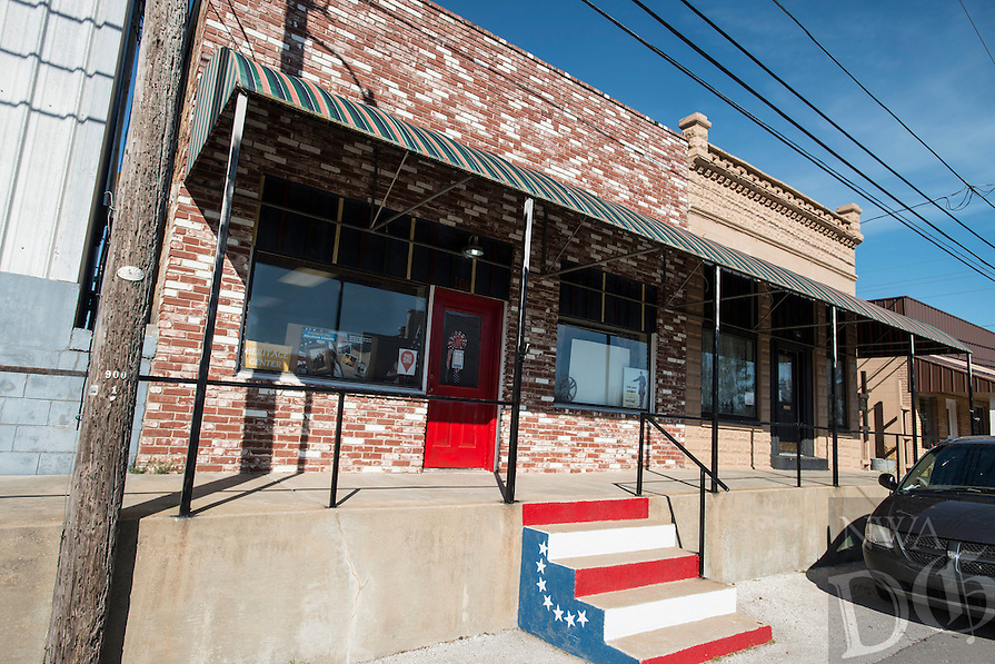 NWA Democrat-Gazette/ANTHONY REYES &bull; @NWATONYR<br /> The Elm Springs Historical Society, 106 Water Street, Monday, March 21, 2016 is inside a 100-year-old building in Elm Springs. Exhibits include colonial period, ozark life, costumes and civil war pieces. Across the street from the building is land that will become a park where they have evidence thousands of civil war troops once camped.