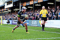 Leroy Houston of Bath Rugby runs in the bonus point try. Aviva Premiership match, between Bath Rugby and London Irish on March 5, 2016 at the Recreation Ground in Bath, England. Photo by: Patrick Khachfe / Onside Images