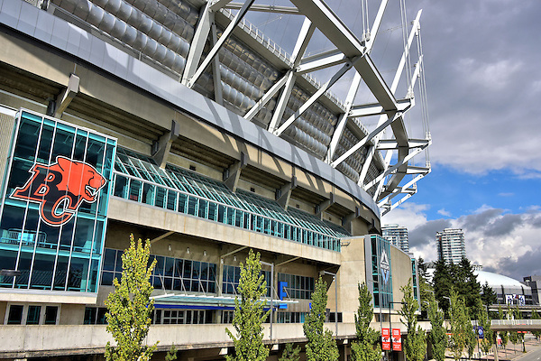 Bc place stadium facade in vancouver canada encircle photos for Vancouver parade of homes