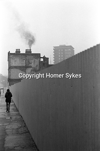 Looking towards Pauline House, at the end of Hanbury Street. Whitechapel area East London 1976.