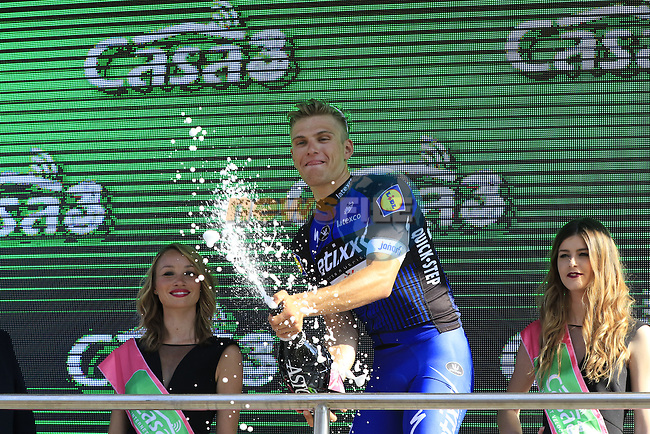 Marcel Kittel (GER) wins Stage 2 of the 2016 Giro d'Italia running 190km from Arnhem to Nijmegen, The Nethrerlands. 7th May 2016.<br /> Picture: Eoin Clarke   Newsfile<br /> <br /> <br /> All photos usage must carry mandatory copyright credit (&copy; Newsfile   Eoin Clarke)