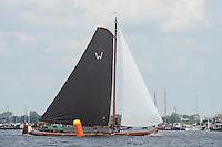 ZEILEN: SKS Skûtsjesilen 2014, skûtsje Klaas van der Meulen - Woudsend, schipper Teake Klaas van der Meulen, ©foto Martin de Jong