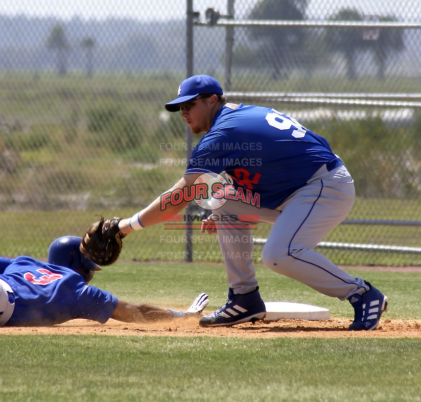 April 1, 2004:  First baseman Jesse Hoorelbeke of the Los Angeles Dodgers organization during Spring Training at Dodgertown in Vero Beach, FL.  Photo copyright Mike Janes/Four Seam Images