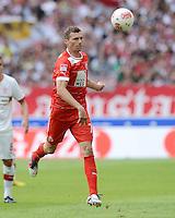 FUSSBALL   1. BUNDESLIGA  SAISON 2012/2013   3. Spieltag  15.09.2012 VfB Stuttgart - Fortuna Duesseldorf    Oliver Fink (Duesseldorf) mit Ball