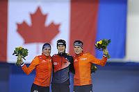 SPEED SKATING: CALGARY: Olympic Oval, 08-03-2015, ISU World Championships Allround, podium 5000m Ladies, Linda de Vries (NED), Martina Sábliková (CZE), Ireen Wüst (NED), ©foto Martin de Jong