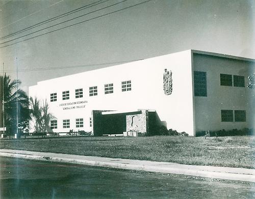 Liceo de Educación Secundaria Generalísimo Trujillo. Plan Bienal de Construcciones 1950-1952. © AGN