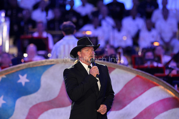 Trace Adkins Performs at the rehersals for the Memorial Day Concert on the grounds of the U.S Capitol MPI34 / Mediapunchinc