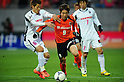 Hotaru Yamaguchi (Cerezo),  Cho Young-Cheol (Ardija),.APRIL 7, 2012 - Football / Soccer :.2012 J.League Division 1 match between Omiya Ardija 0-3 Cerezo Osaka at NACK5 Stadium Omiya in Saitama, Japan. (Photo by AFLO)