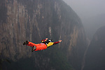 China BASE Jumping Documentary 2004
