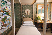 The Kips Bay Decorator Show House invited twenty one designers and architects to transform a luxury Manhattan townhouse for a benefit to the Kips Bay Boys &amp; Girls Club. <br /> <br /> Pictured, design by Olasky &amp; Sinsteden<br /> <br /> Danny Ghitis for The New York Times