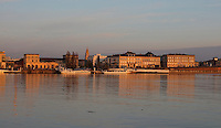 The Quai de Queyries seen from the Quai Richelieu, on the banks of the river Garonne, Bordeaux, Aquitaine, France. The riverside buildings of the Port de la Lune or Port of the Moon are listed as a historic monument and UNESCO World Heritage Site. Picture by Manuel Cohen
