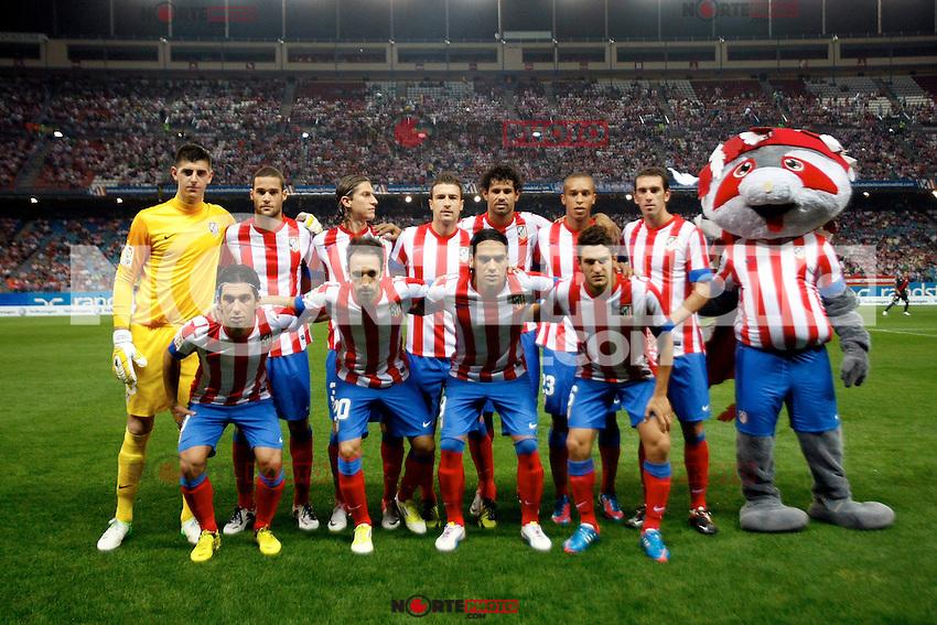 Atletico de Madrid's players during La Liga match. September 17,2012.(ALTERPHOTOS/Alconada) /NortePhoto<br /> <br />  **CREDITO*OBLIGATORIO** *No*Venta*A*Terceros*<br /> *No*Sale*So*third* ***No*Se*Permite*Hacer Archivo***No*Sale*So*third*