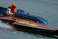 Travis Hickman, GP-182, Xanadu, Grand Prix class pickle-fork Lauterbach hydroplane.Madison Regatta, Madison Indiana July 3, 2005.Photo Credit: ©F.Peirce Williams 2005