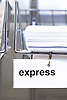 Digital.  19/06/07 -  Papers with express priority-  (c) Vicens Giménez