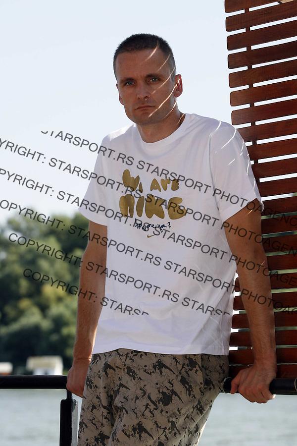 Sport Fudbal Ivan Randjelovic golman Crvena Zvezda Nike 6.avgust 2008. (credit image © photo: Pedja Milosavljevic)