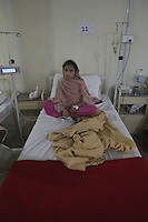 Child patient in an MSF clinic for victims of floods in Pakistan