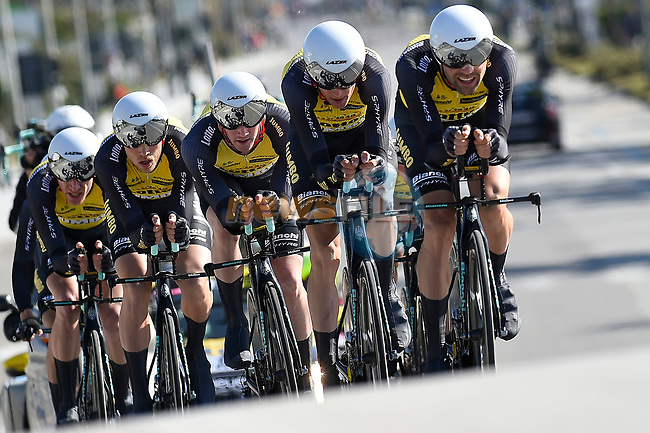 Team Lotto NL- Jumbo action during the 1st stage of the race of the two seas, 52nd Tirreno-Adriatico by NamedSport a 22.7km Team Time Trial around Lido di Camaiore, Italy. 8th March 2017.<br /> Picture: La Presse/Fabio Ferrari | Cyclefile<br /> <br /> <br /> All photos usage must carry mandatory copyright credit (&copy; Cyclefile | La Presse)