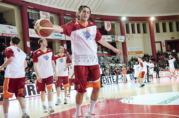 TERAMO 27/12/2011 - BASKET LEGA SERIE A1 CAMPIONATO 2011 - 2012: INCONTRO BANCA TERCAS TERAMO - ACEA ROMA..NELLA FOTO MARCO MORDENTE ROMA.FOTO DI LORETO ADAMO