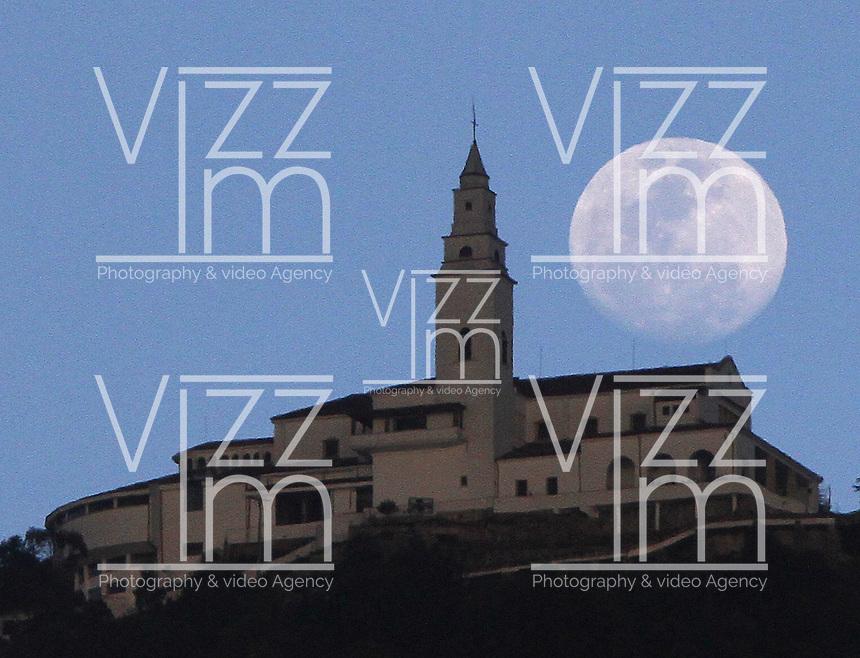 BOGOTA -COLOMBIA. 13-01-2014.  Luna y Santuario de Monserrate/ Moon and Monserrate Sanctuary.   Photo: VizzorImage/ Felipe Caicedo / Staff