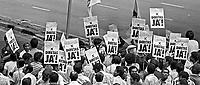 Comício da campanha por eleições Diretas Já no Anhangabaú. SP. 1984. Foto de Juca Martins.
