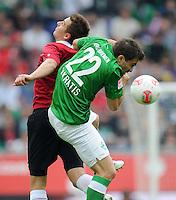 FUSSBALL   1. BUNDESLIGA   SAISON 2012/2013   3. SPIELTAG Hannover 96 - SV Werder Bremen     15.09.2012 Artur Sobiech (li, Hannover 96) gegen Sokratis Papastathopoulos (re, SV Werder Bremen)