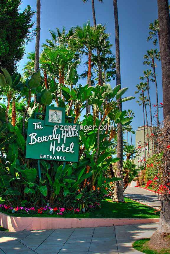 Beverly Hills Hotel and Bungalows, 5 star Los Angeles hotel,  Sunset Boulevard, Beverly Hills, lush, tropical gardens, exotic flowers
