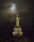 MC 2.10.17 Eclipse.JPG by Matt Cashore/University of Notre Dame