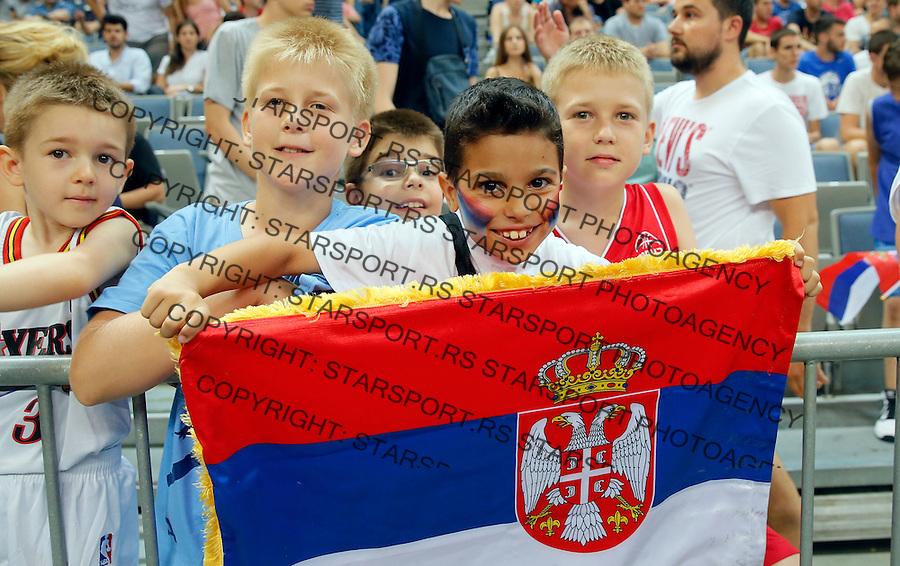 navijaci Kosarka Srbija - Francuska prijateljska 25.6.1016. JUN 25. 2016. (credit image & photo: Pedja Milosavljevic / STARSPORT)