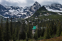 Murowaniec mountain hut with Koscielec (2155m) in the background, Tatra mountains, Poland