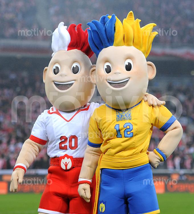 FUSSBALL INTERNATIONAL  EM 2012-Qualifikation    17.11.2010 Freundschaftsspiel, Polen - Elfenbeinkueste MASKOTTCHEN zur EURO 2012 in Polen und der Ukraine