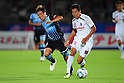 Yusuke Tasaka (Frontale), Hiroshi Kiyotake (Cerezo),AUGUST 6, 2011 - Football :2011 J.League Division 1 match between between Kawasaki Frontale 1-2 Cerezo Osaka at Todoroki Stadium in Kanagawa, Japan. (Photo by AFLO)