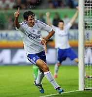 FUSSBALL   1. BUNDESLIGA   SAISON 2011/2012    5. SPIELTAG VfL Wolfsburg - FC Schalke 04                                  11.09.2011 RAUL (Schalke 04) jubelt nach seinem Tor zum 0:1
