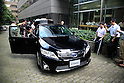 September 5, 2011, Tokyo, Japan - Japan's Toyota Motor Corp., launches a new generation Camry with a hybrid power train line-up in Tokyo on Monday, September 5, 2011. The midsize sedan, a huge seller internationally, is equipped with a four-cylinder 2.5-liter gasoline engine and an electric motor. The car's sticker price starts from 3.04 million yen. Toyota aims to sell 500 of the new Camrys a month on the domestic market. (Photo by AFLO) [3609] -mis-