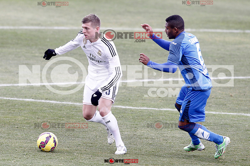 Getafe's Jorge Sammir (r) and Real Madrid's Toni Kroos during La Liga match.January 18,2013. (ALTERPHOTOS/Acero) /NortePhoto<br /> NortePhoto.com