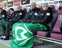 FUSSBALL   1. BUNDESLIGA   SAISON 2011/2012    20. SPIELTAG  05.02.2012 SC Freiburg - SV Werder Bremen Marko Marin (SV Werder Bremen) re und  Mikael Silvestre (SV Werder Bremen)