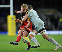 Nick Tompkins of Saracens puts in a grubber kick. Aviva Premiership match, between Saracens and Worcester Warriors on November 28, 2015 at Twickenham Stadium in London, England. Photo by: Patrick Khachfe / JMP