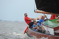 ZEILEN: WOUDSEND: Hegemer Mar, 28-07-2014, SKS skûtsjesilen, Schipper Douwe Azn. Visser winnaar met het skûtsje van Grou, ©Martin de Jong