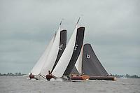 ZEILEN: TERHERNE: Snitser Mar, SKS skûtsjesilen, skûtsje Earnewâld op kop voor Akkrum, ©foto Martin de Jong