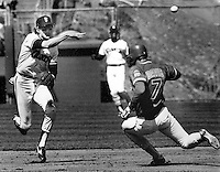 San Francisco Giants Johnnie LeMaster completes DP <br />(1984 photo by Ron Riesterer)