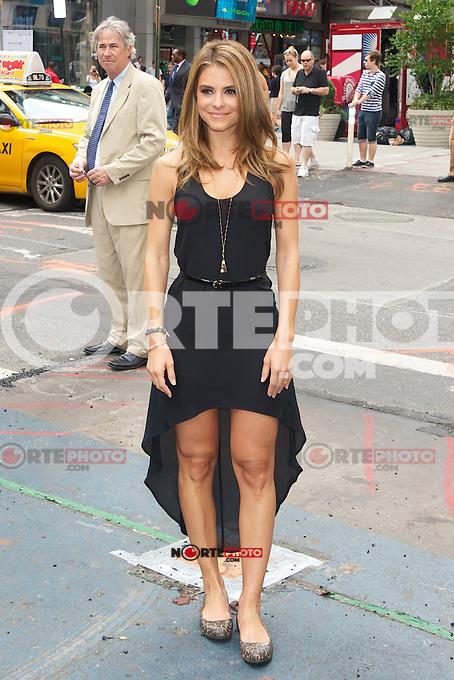 NEW YORK, NY - JULY 31: Maria Menounos celebrates Crocs Tenth Anniversary by ringing the NASDAQ bell at 4 Times Square on July 31, 2012 in New York City. Credit: mpi44/MediaPunch Inc. /NortePhoto.com<br /> <br /> **SOLO*VENTA*EN*MEXICO**<br /> <br />  **CREDITO*OBLIGATORIO** *No*Venta*A*Terceros*<br /> *No*Sale*So*third* ***No*Se*Permite*Hacer Archivo***No*Sale*So*third*