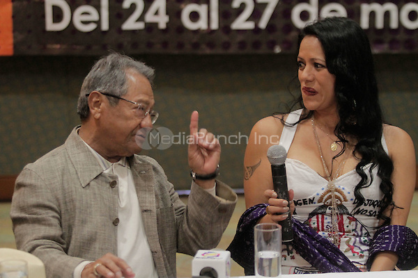 Armando Manzanero, Lila Downs and Fernando de la Mora members of the 'Mexicanos Cantan' group, at a press conference during the 2012 Pitic Festival in Hermosillo. Sonora, Mexico. May 27, 2012. Credit: Baldemar de los Llanos/NortePhoto/MediaPunch Inc. ***NO MEXICO*** ***NO SPAIN***