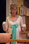 New Century Theatre's production of Kimberly Akimbo..© 2007 JON CRISPIN .Please Credit   Jon Crispin.Jon Crispin   PO Box 958   Amherst, MA 01004.413 256 6453.ALL RIGHTS RESERVED