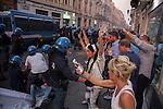 Catania: scontri al corteo contro il Premier Matteo Renzi