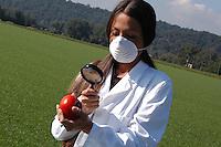 Modificazione genetica sui pomodori. Genetic modification on tomatoes...