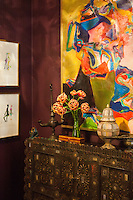 The Kips Bay Decorator Show House invited twenty one designers and architects to transform a luxury Manhattan townhouse for a benefit to the Kips Bay Boys &amp; Girls Club. <br /> <br /> Pictured, design by Kati Curtis Designs<br /> <br /> Danny Ghitis for The New York Times