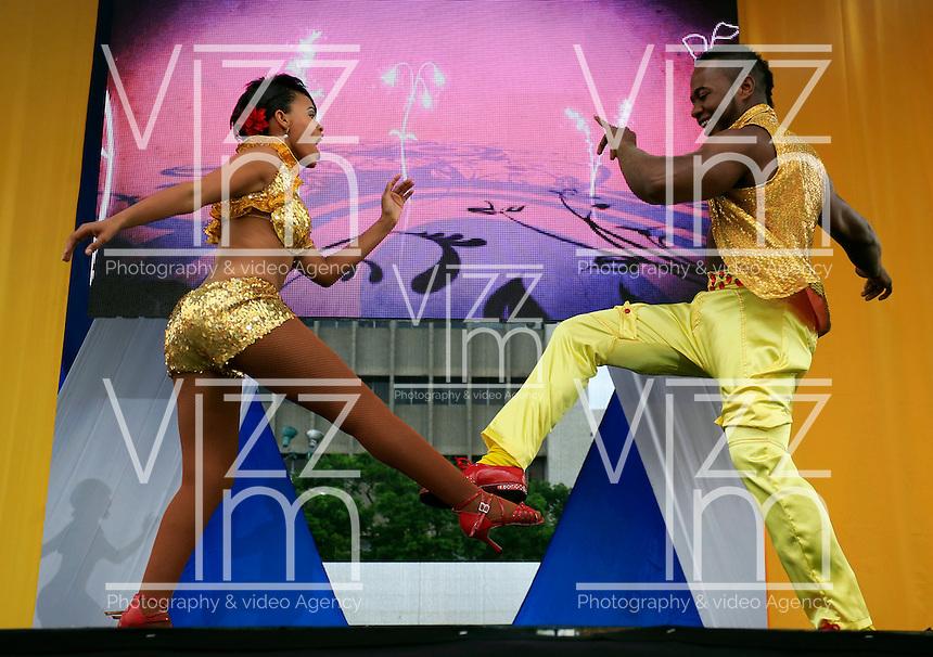 CALI -COLOMBIA-05-11-2013. Lanzamiento primera  Bienal de Danza Internacional / Throwing first International Dance Biennial. Photo: VizzorImage / Juan Carlos Quintero / Stringer