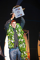 Gold Coast, Queensland, February 25th 2006.Kelly Slater  (USA) receiving his 7th World Title trophy at the ASP WORLD CHAMPIONS AWARDS BANQUET held at the Gold Coast Convention Centre, QUEENSLAND, AUSTRALIA . Photo: Joliphotos.com