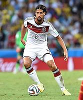 FUSSBALL WM 2014  VORRUNDE    GRUPPE G     Deutschland - Ghana                 21.06.2014 Sami Khedira (Deutschland) am Ball