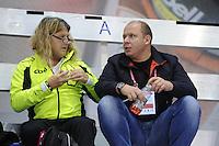 SCHAATSEN: CALGARY: Olympic Oval, 09-11-2013, Essent ISU World Cup, Peter Mueller (trainer/coach Team CBA), Sergey Tsybenko (KAZ), ©foto Martin de Jong